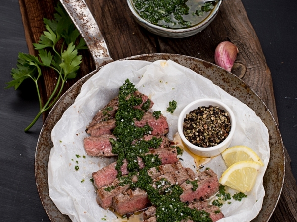 Steak mit Salsa Verde