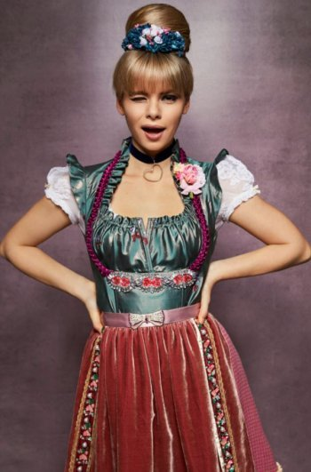 Wiesn Look by Katharina Strassl