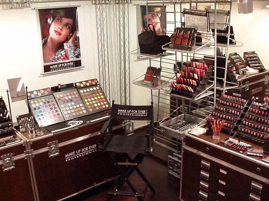 MAKE UP FOREVER  Store Wien