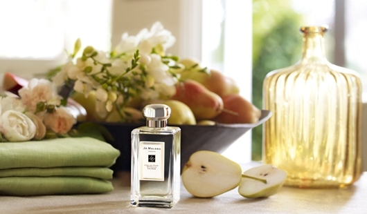 Jo Malone The English Pear & Freesia Home Collection