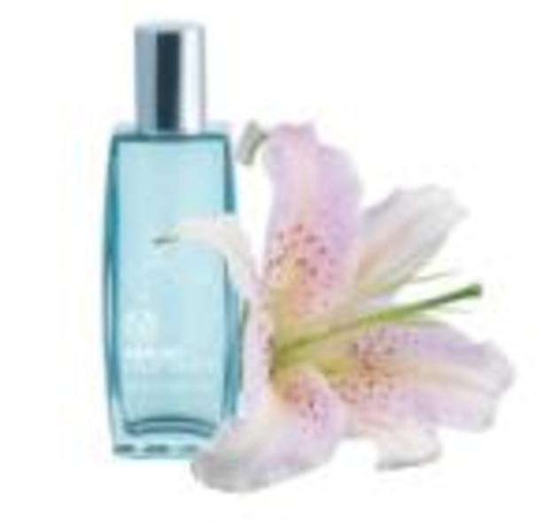 Aqua Lily - The Body Shop