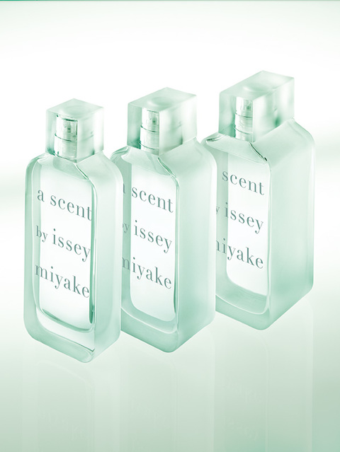 a scent by issey miyake - Flakons