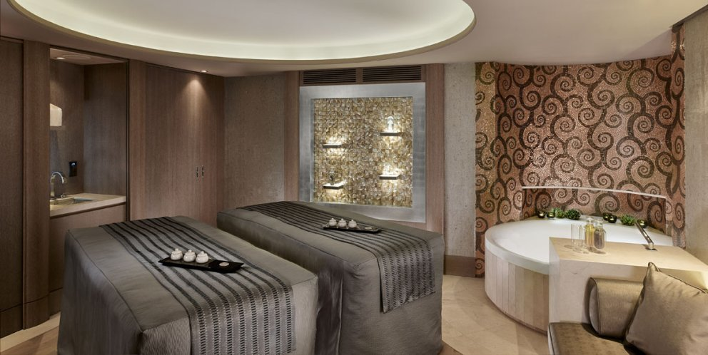 Arany Spa Suite