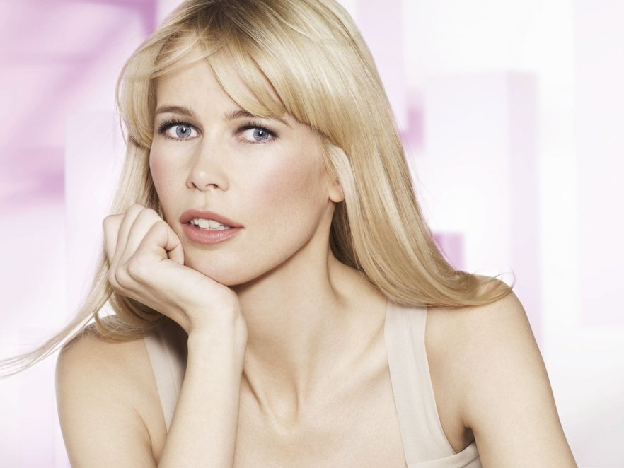 Claudia Schiffer für L'Oreal Youth Code