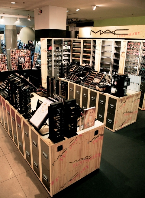 MAC Pop Up Store Wien